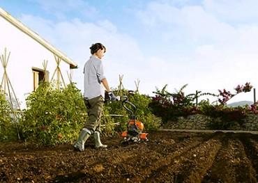 Необходимая техника для обработки земли. Мотоблоки.